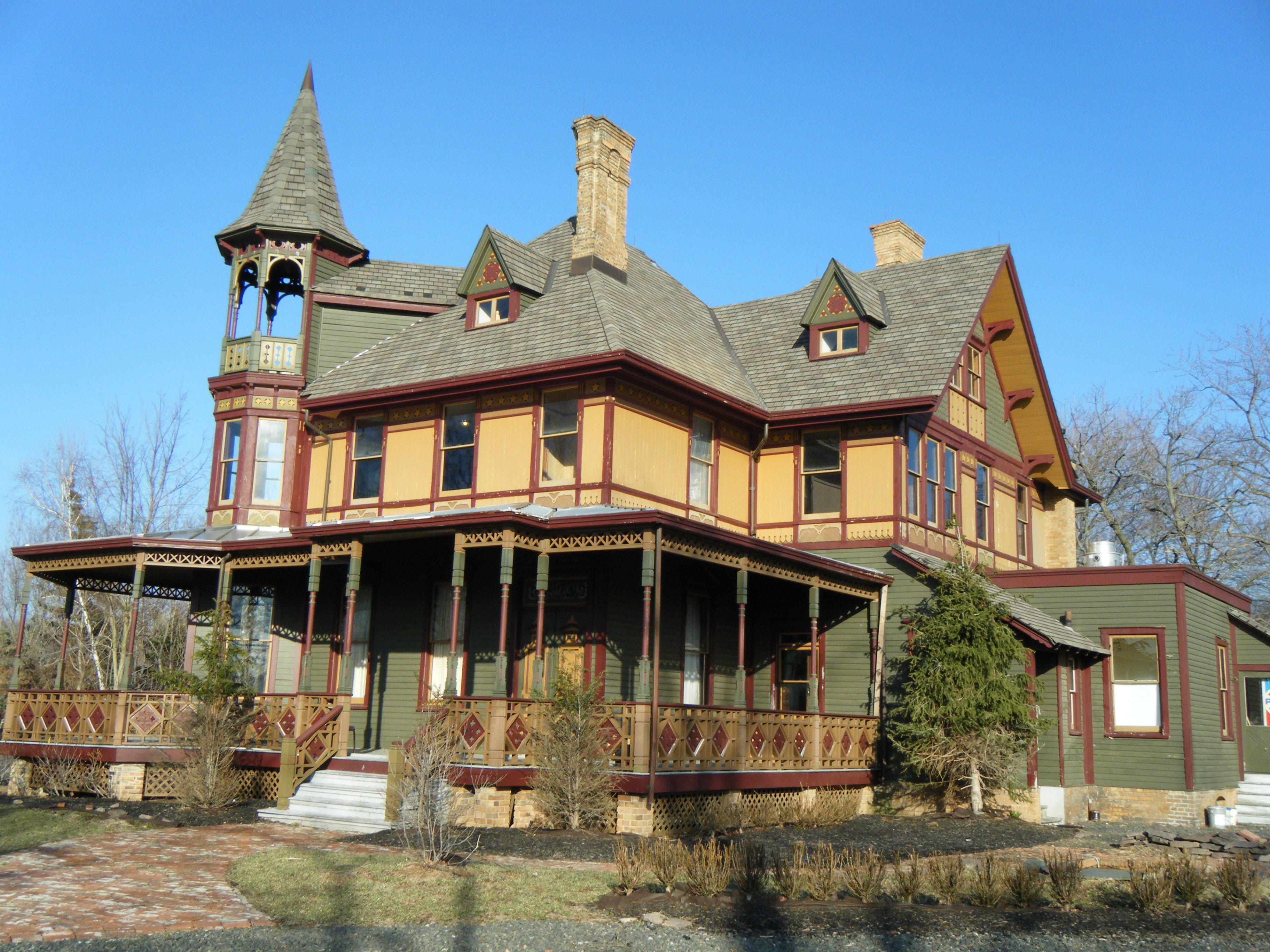 History on bay staten island 39 s haunted kreischer for Classic house 2015