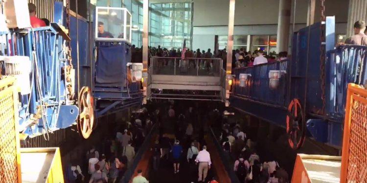 Staten Island Ferry Timelapse - Don Arangio